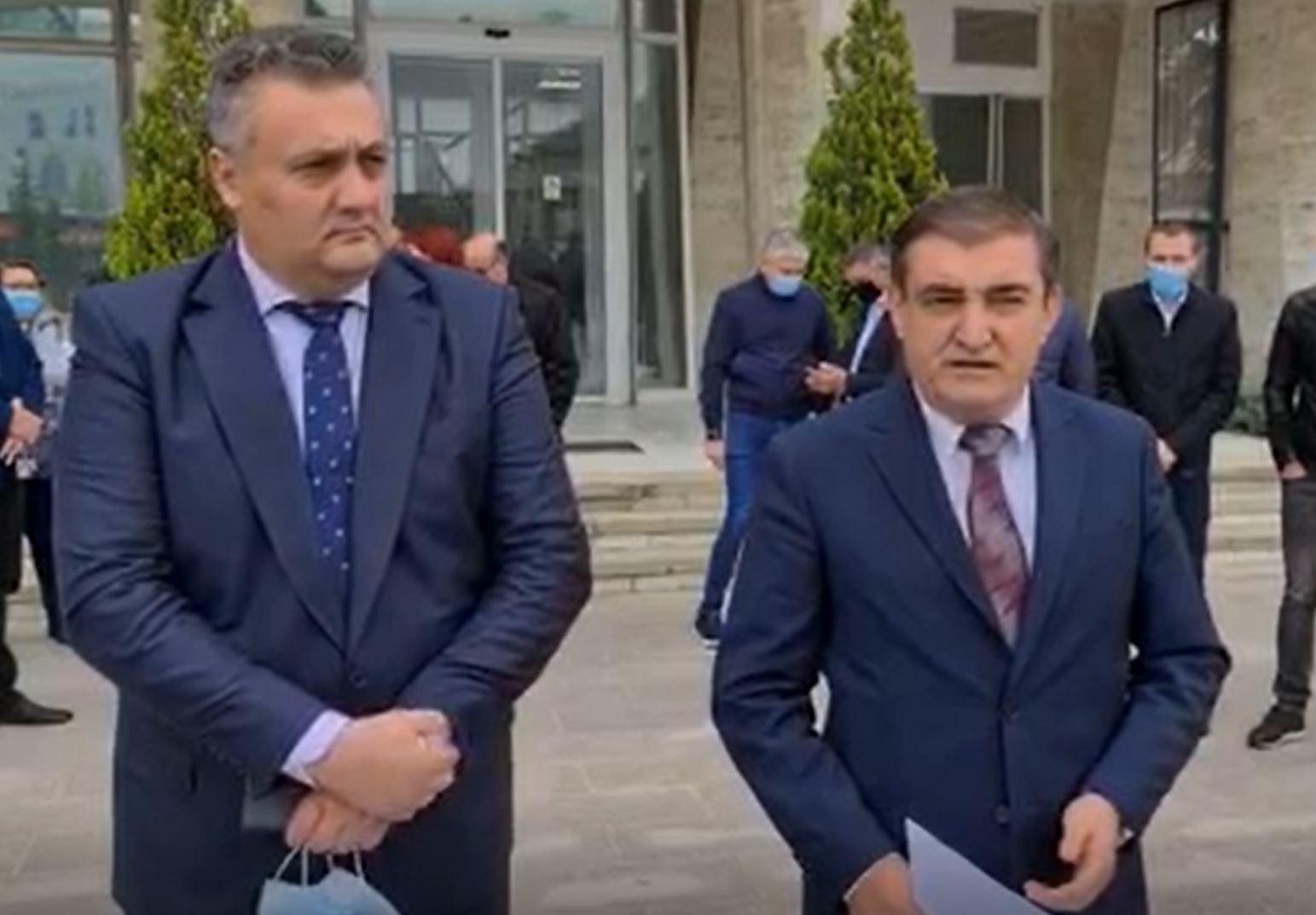 Vladu și Oprea deschid listele PMP Dâmbovița pentru Parlamentare